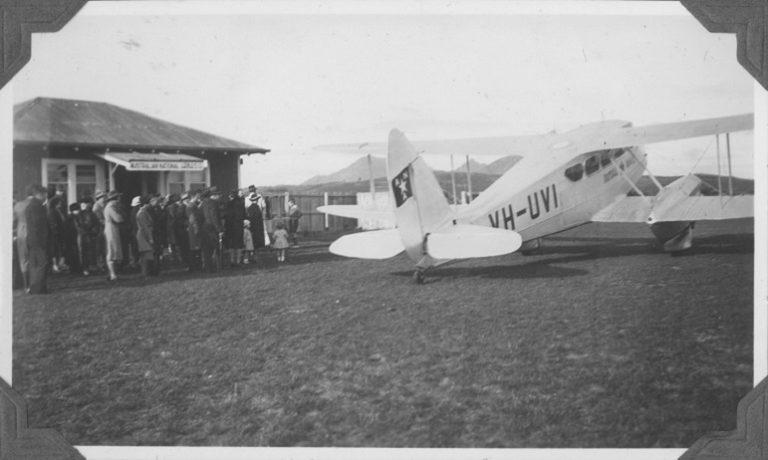"ANA DH.89 Dragon Rapide ""Moogana"" at St pats Aerodorme, Flinders island, about 1937"
